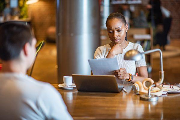 rediger CV métier embauche candidature emploi salarié curriculum vitae écrire emploi bilan compétence formation accompagnement expériences professionnelles recruteur