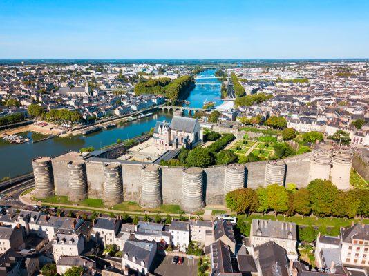 Angers – Est