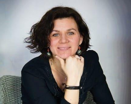 Cécile Douvres