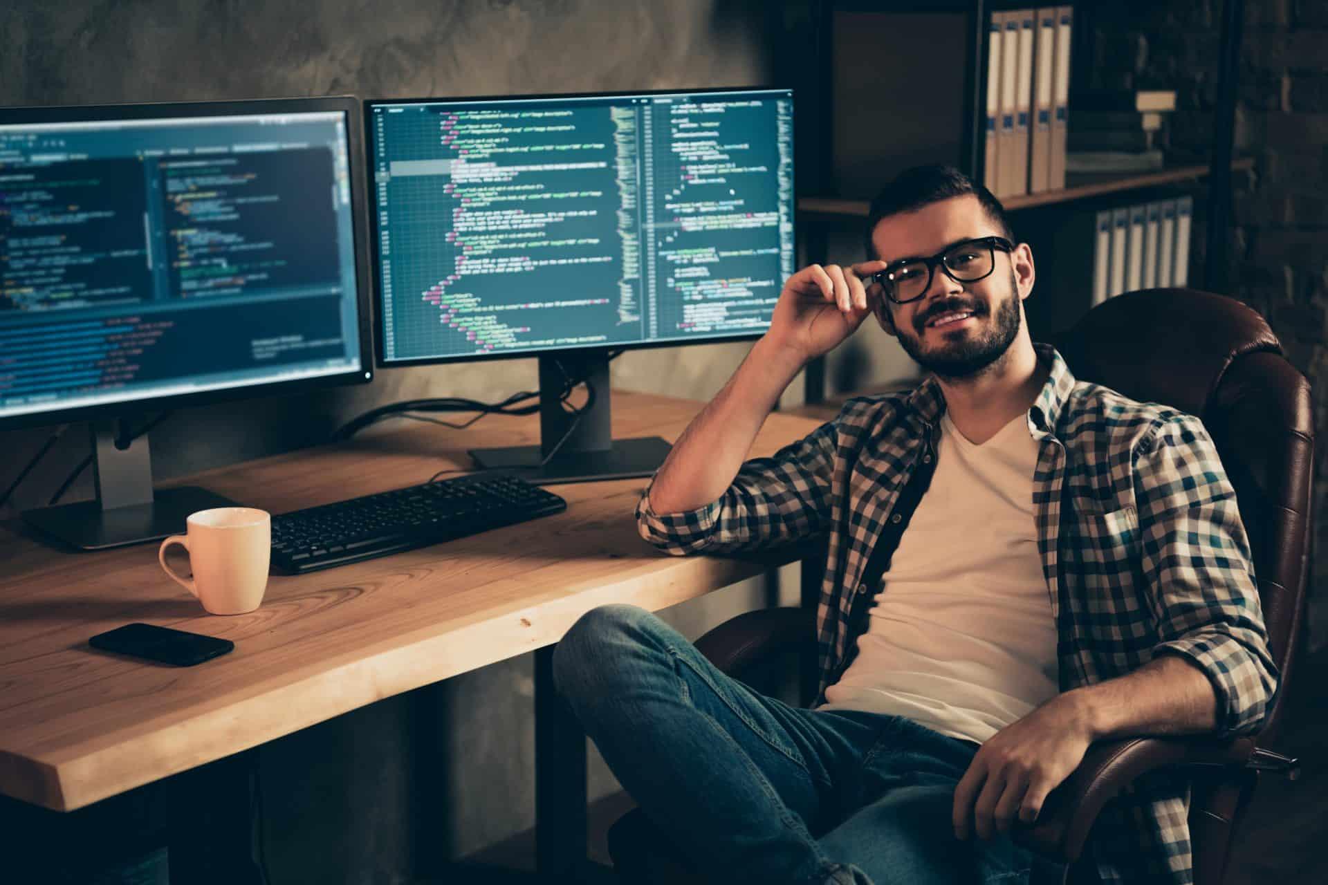 Reconversion informatique : tout savoir sur ce secteur !