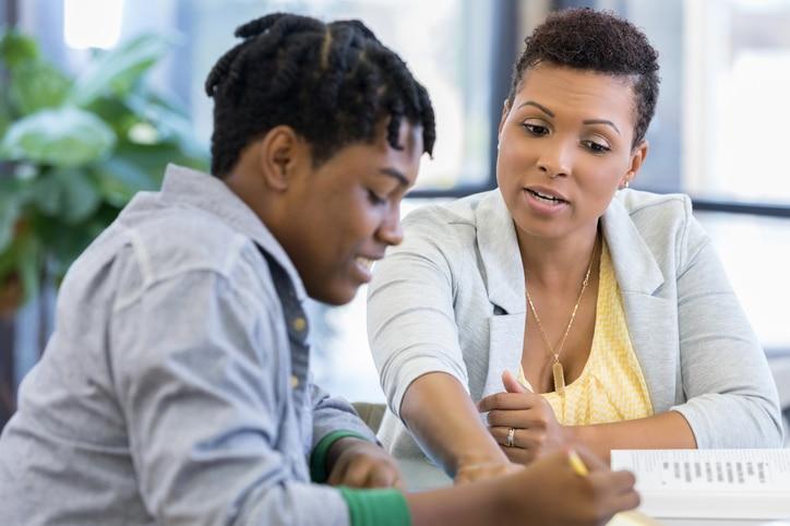 bilan jeunes, bilan d'orientation scolaire, préparer son avenir, 15-25 ans, méthode d'accompagnement Orient'Action, expertise, parcoursup, consultants, réseau, sécuriser son avenir professionnel, faire les bons choix